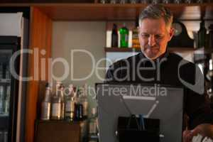 Bar tender using desktop pc