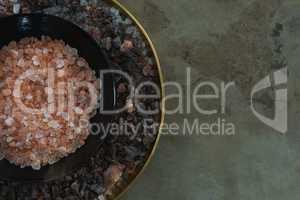 Himalayan salt and black salt in plate