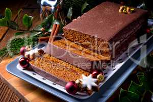 Chocolate gingerbread with filling
