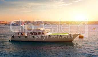 Pleasure boat in Egypt