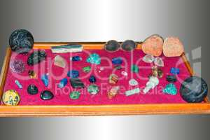 Various jewelery, mineral stones or gemstones