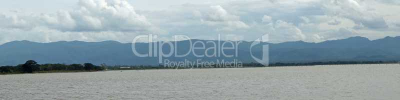 Visit to the phayao reservoir in thailand