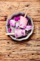 Ice-cream with taste of a tea rose