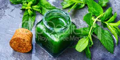 Aroma oil with peppermint