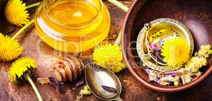 Dandelion honey in jar