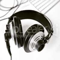 black and white stereo headphones