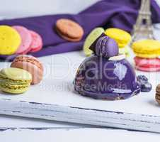 lilac round cake with macarons