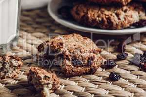 Oatmeal Cookie with Raisin