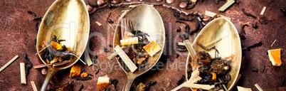 dry leaves of fruit tea
