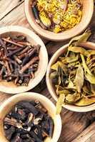 dry medicinal plants