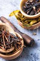 Set of dried medicinal plants