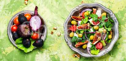 Dietary salad with figs