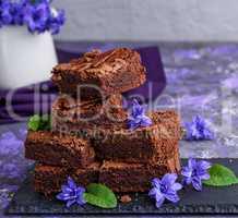 chocolate pieces of brownie pie