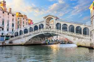 The Rialto bridge, a famous sight of Venice, no people