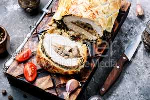 Meat, baked in puff pastry