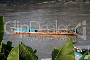 Walk the Mekong River in Luang Prabang ,Laos
