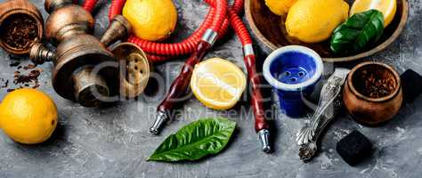Hookah with lemon