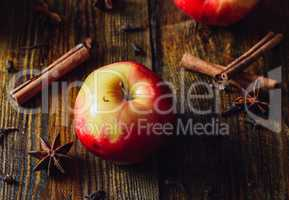 Apple with Clove, Cinnamon and Anise Star.