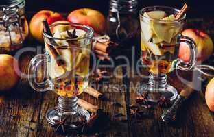 Apple Mulled Drink.