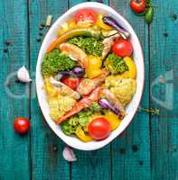 Vegetables baked with chicken