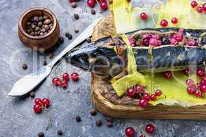 Baked fish with berry filling