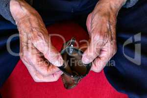 Pension / Empty wallet in the hands of an old man