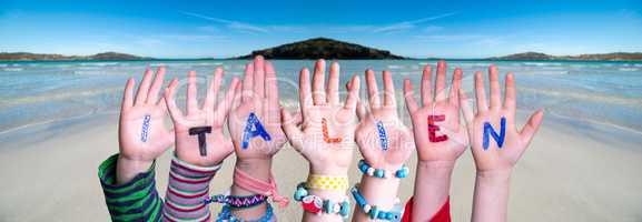 Children Hands Building Word Italien Means Italy, Ocean Background