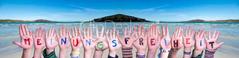 Children Hands, Meinungsfreiheit Means Freedom Of Opinion, Ocean Background