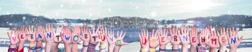 Children, Verantwortung Uebernehmen Mean Take Resposibility, Winter Background